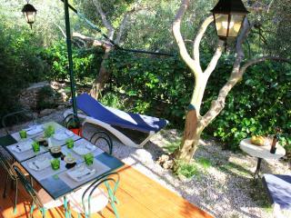 Mobile home 2, Bol campsite KITO
