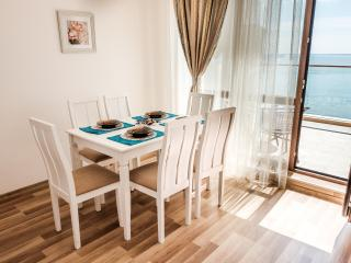 Cabacum Plaza 2 bedroom apartment at the Seaside, Golden Sands