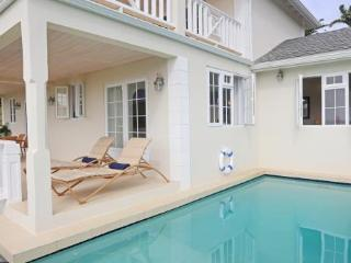 Newly built 3 BED, 3 BATH villa, perfect for families or couples, Cap Estate