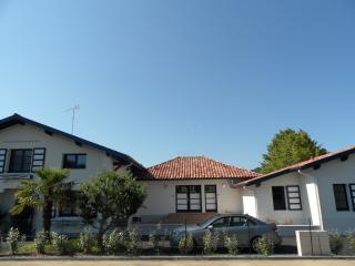 Petit ensemble immobilier : 5 APPART, du T2 au T4, Hossegor