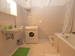 Apartment 9538, Marcana