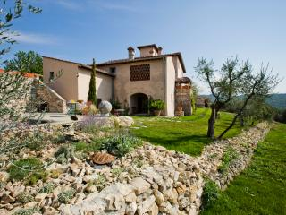 La Leopoldina, is a luxury villa with private heated pool, Bagno a Ripoli