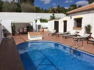Villa Casa Rosa, Almogía