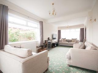 Talland Croft - Huge Holiday House - Crantock