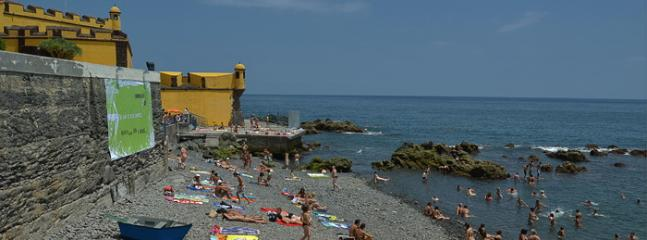 The nearest free beach, 850 meters or 10 minutes of walking speed. FREE!!!  We give you towels !