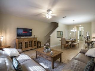 'Story Book' 5 Bedroom 4 Bath New Town Home in Sto, Kissimmee