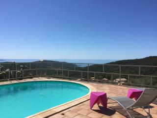 Maison avec piscine vue mer panoramique en Corse, Serra-di-Ferro