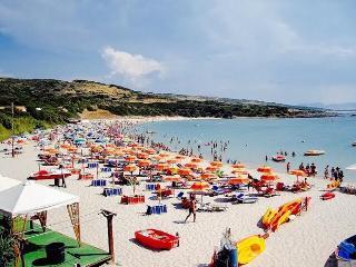 ISOLA ON THE BEACH, Isola Rossa