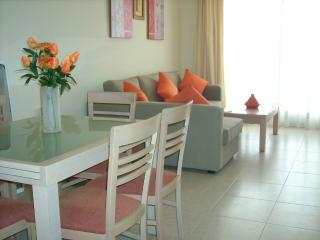 Alenda Golf- apartment overlooking course. 10k. beach, Near Elche.