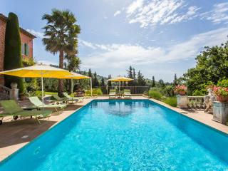 LE MAS DU ROC -    chambre d'hôtes de charme , calme absolu, piscine, parking
