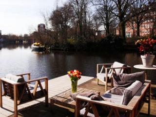 Sunny Houseboat, Amsterdam in Style