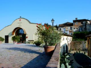 Fortezza di Pozzo - Quarta, holiday rental in Galleno