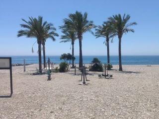 Gran apartamento con salida privada a la playa