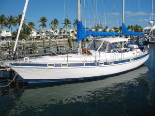 Fully Crewed Private Sailing Yacht Charter, Treasure Cay