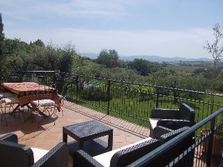Beautiful family home with stunning Tuscan views, Petrignano
