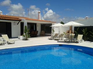 Villa 15, in a fantatic location on Oura beach, Albufeira