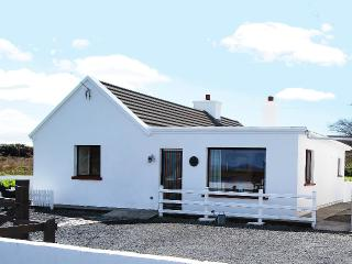 Achill Island Beautiful setting Centrally located, Saula