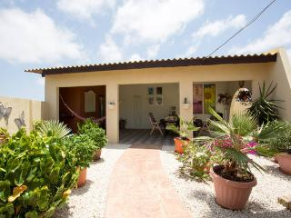 Beautiful vacation home at Piedra Plat, Paradera