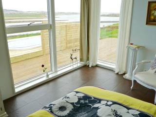 Luxury, Modern, River View on the Golden Circle