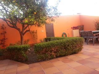 Casa en Portixol con patio jardin al lado del mar