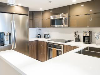 Luxurious 1 Bdrm | 3742, Miami