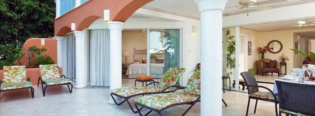 Villas On The Beach 104 2 Bedroom SPECIAL OFFER, Holetown