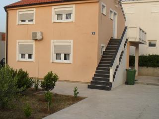 Island Vir, Apartment for rent