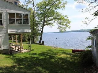 Eastman Shores Lake Winnisquam (MOR226Wf)