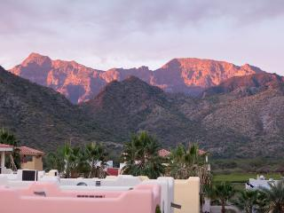 Water/Mountain Views-Steps to Beach-Rent 2 or 3BRs, Loreto