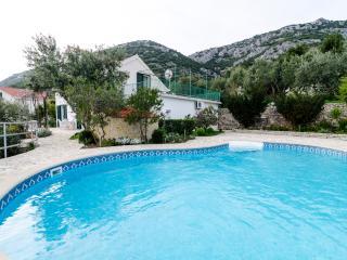 Villa Klara - Holiday Home with Terrace, Pool and Sea View