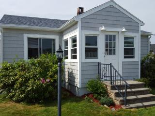 Sea Escape, Beachside Getaway!, Biddeford