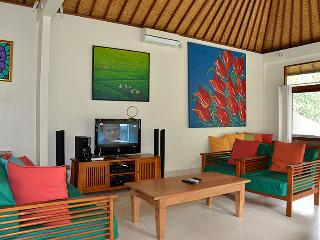 Villa Timpal Timpal - 2 bedroom villa in Ubud