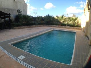 Arguza Farmhouse piscine privée  20 personnes, Xewkija