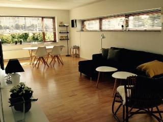 Nice Copenhagen apartment at Oeresund st
