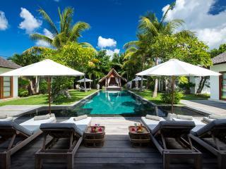 Seminyak Villa 3617 - 7 Beds - Bali