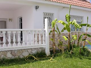Family house with garden and pool, Alcanar