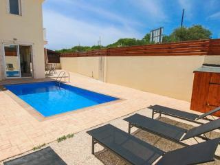 3 Bedroom Villa in the Heart of Pernera in Protara, Protaras