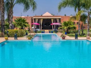 Villa 20 minutes away to Marrakech city center