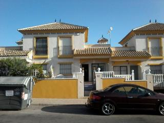 Spacious 3 Bed holiday home for rent Villamartin., Villamartín