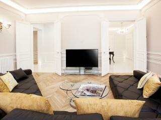 CHAMPS ELYSEES - 5BR / 4BA - 200m2 - TRIANGLE D'OR, Paris