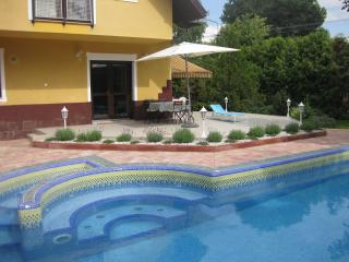Hannabella Apartment with pool, Zamardi