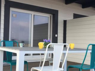 Apartamento con terraza a estrenar vistas al mar, Isla