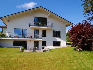 "Holiday Flat close to the lake (""Starnberger See""), Possenhofen"