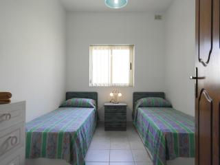 ATTARD - SPARE ROOM WITH TWO SINGLE BEDS