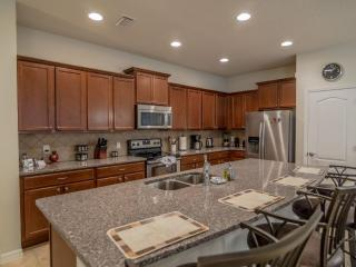 Directly Across from Gorgeous Club House!, Kissimmee