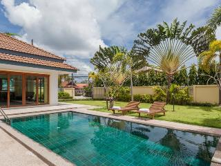 3 Bedroom Villa at Chaofa West Pool Villa