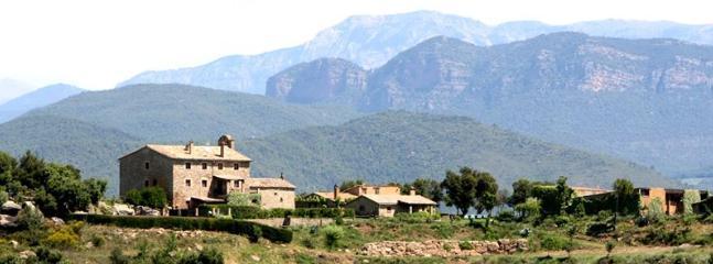Amplia vista de la situaciòn de la casa  St Grau ,como pueden apreciar rodeados de naturaleza