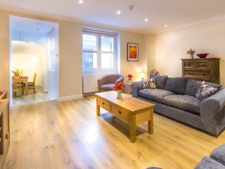 Luxury 2 Bedroom apartment in Westminster, London