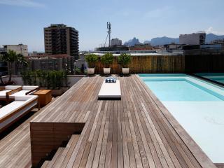 Rio009 - Luxury Penthouse in Arpoador