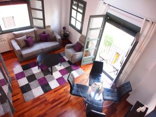 Sleep & Stay Jazz - Carrer Barca 2 bed 2 bath apt, Girona
